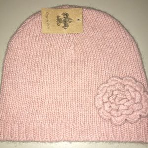 Accessories - New Beanie with flower on side